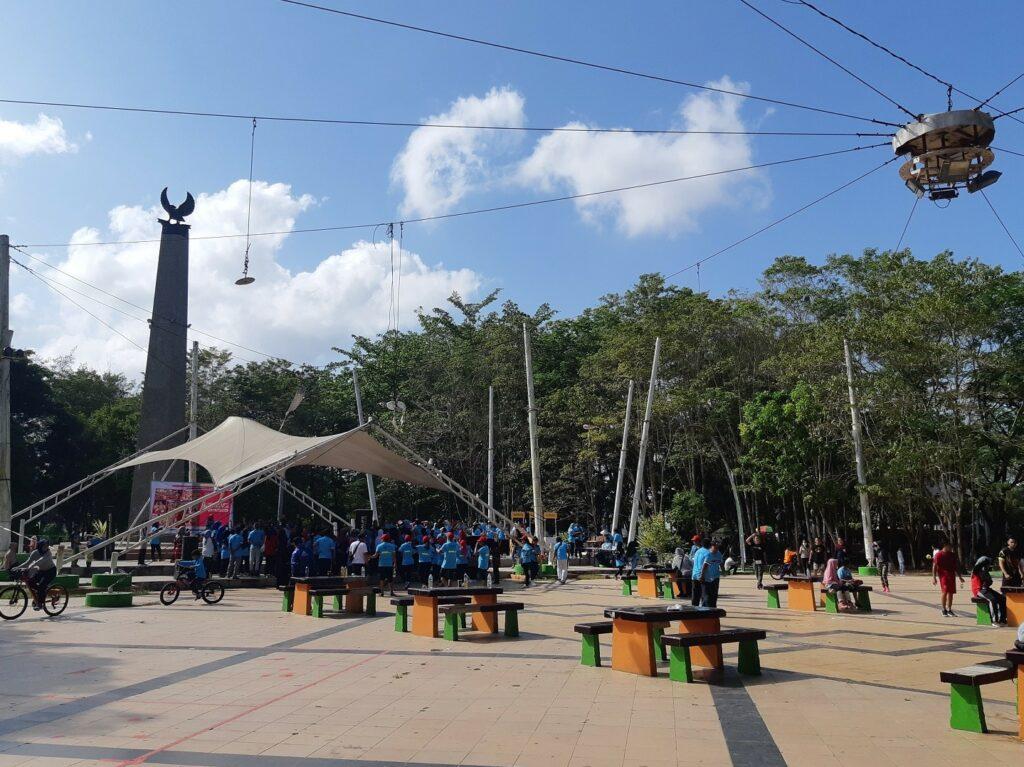 Area sekitar Taman Kota Kendari Sulawesi Selatan - Andi Prabowo