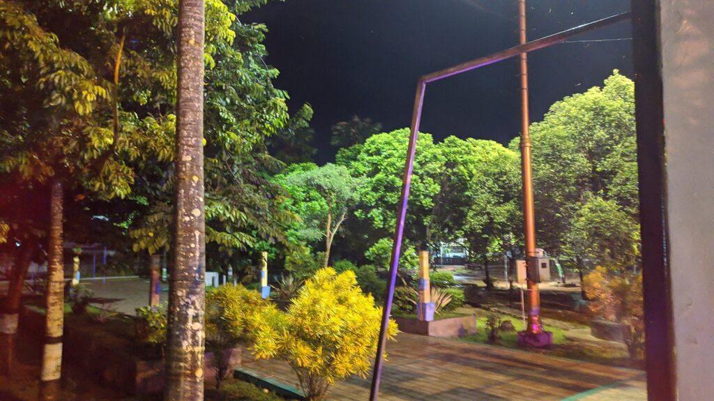 Taman Majenang di Malam Hari
