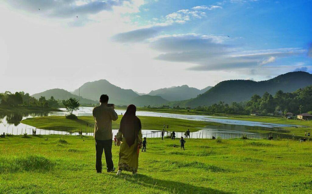 Panorama Danau Tarusan Kamang