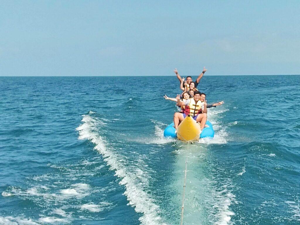 wahana water sport banana boat