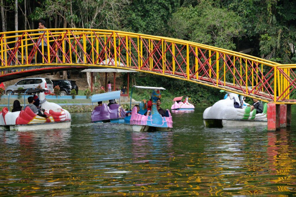 Spot Foto Jembatan yang menjadi Favorit Pengunjung