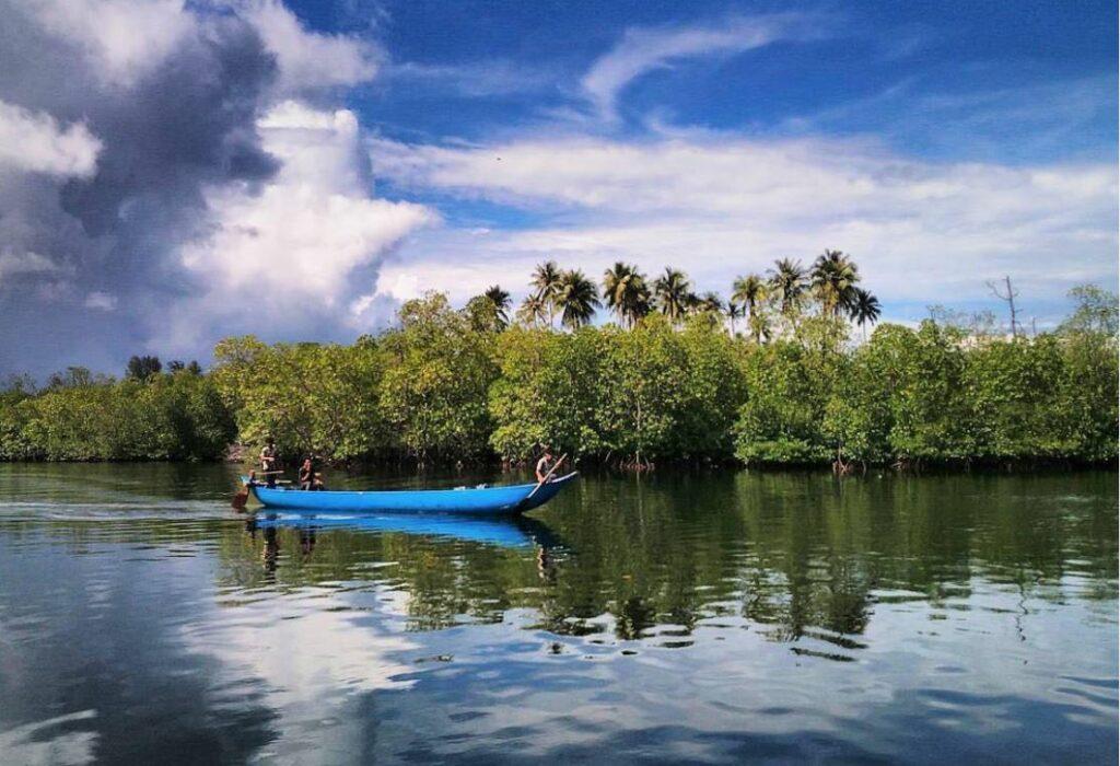 Susur Sungaidi Pulau Siberut, Mentawai