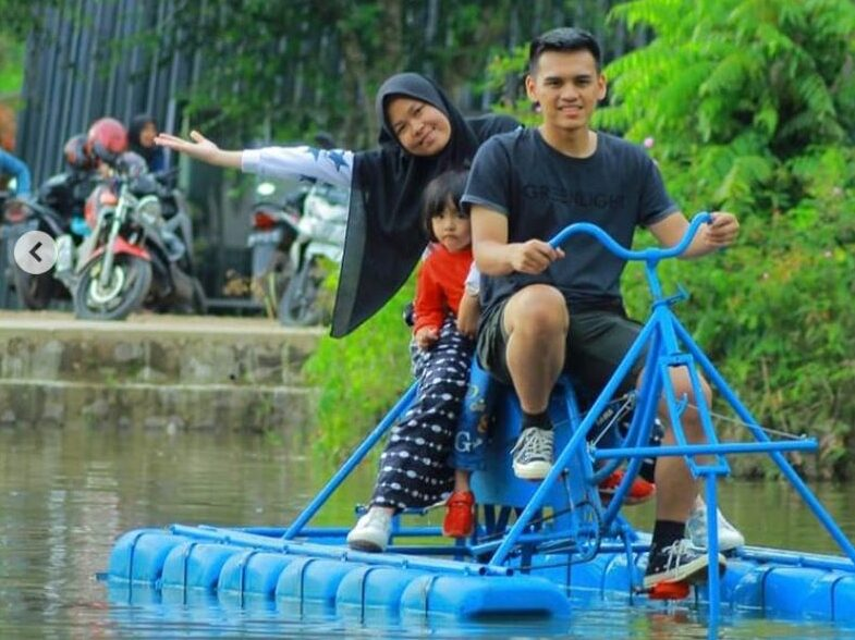 Wahana sepeda air
