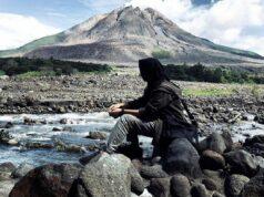 Menengok sisa erupsi di adaerah aliran lahar dingin Gunung Sinabung Karo SUmatera Utara - uchiwooland14