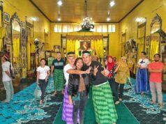 Ruang singgasana Keraton Kadariah Pontianak Kalimantan Barat - nvyuma