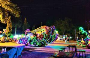 Wisata malam di Taman Burung Singkawang Kalimantan Barat - CUCU MUSLIM
