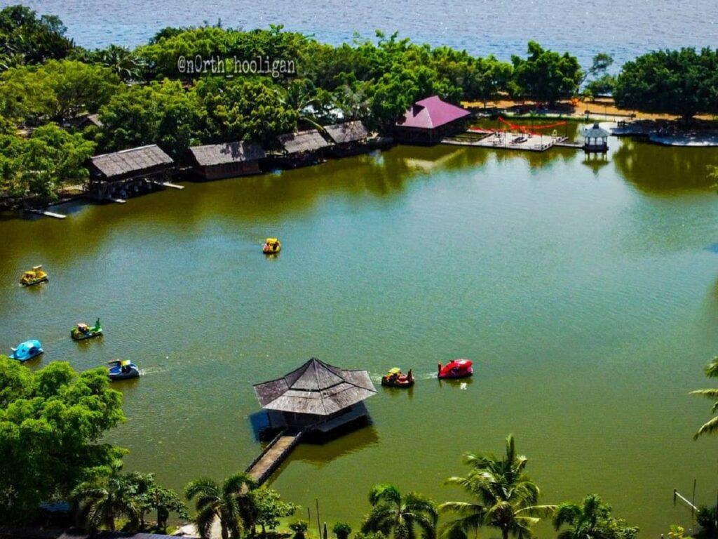 Danau di Jungkat Beach Pontianak Kalimantan Barat - n0rth_hooligan