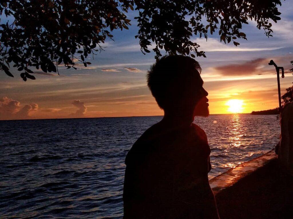 SIluet sunset di Jungkat Beach Pontianak