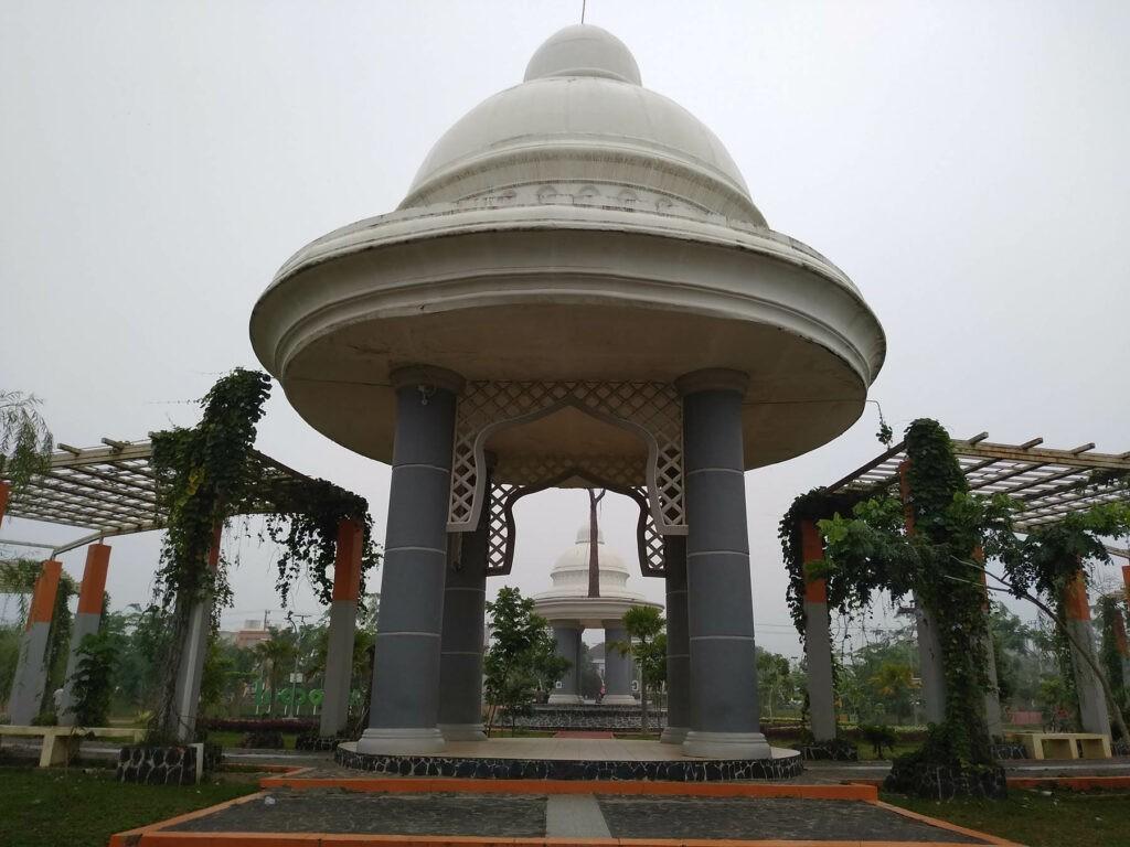 Spot foto terpopuler di Tanjung Bersinar Park
