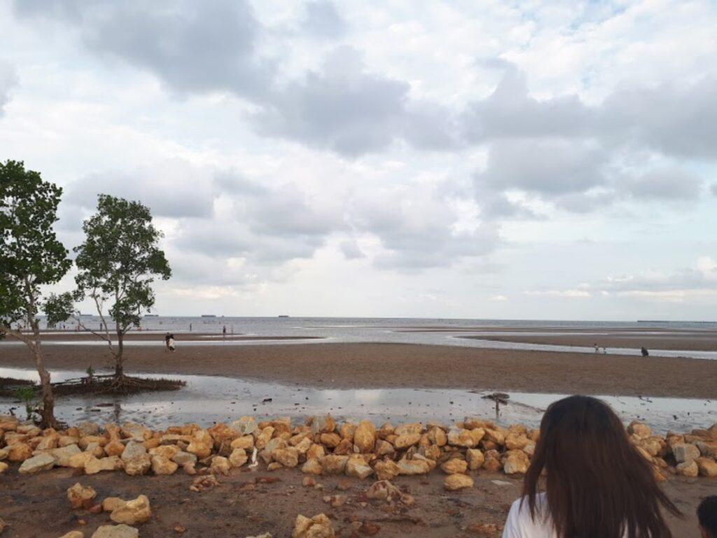 Panorama Pantai Kenyamukan