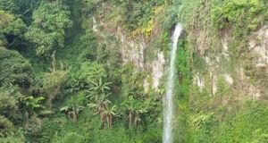 Panorama air terjun di Coban Bidadari