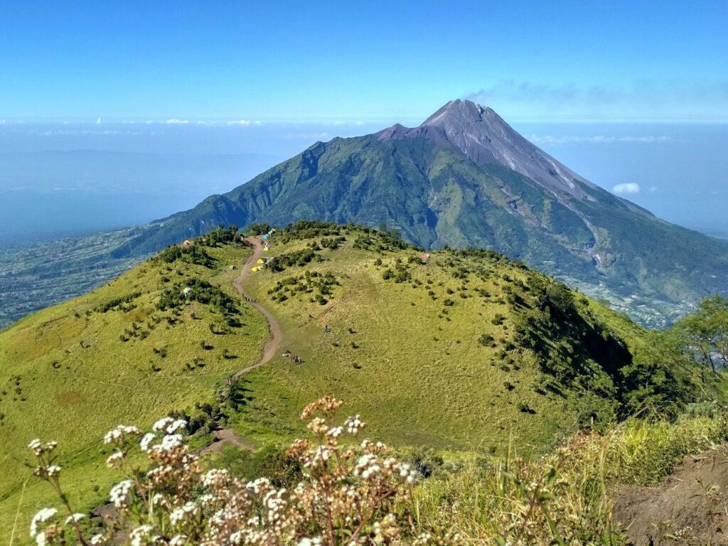Bentang alam gunung merbabu