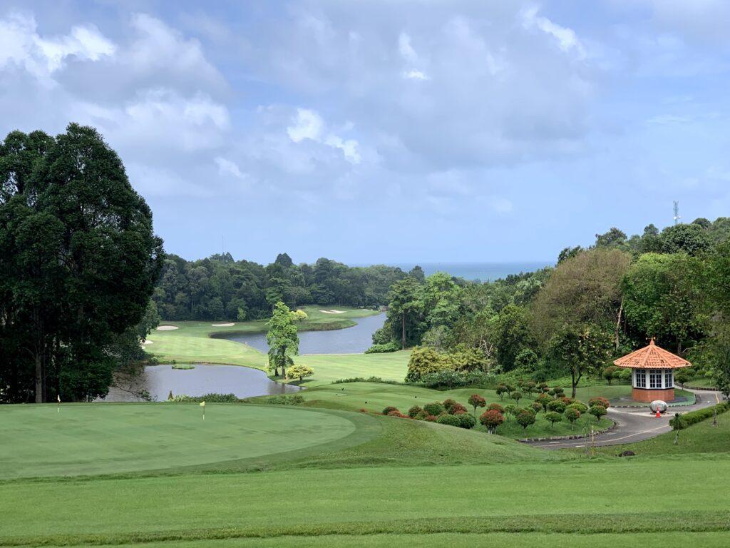 salah satu golf course di Ria Bintan Golf Club