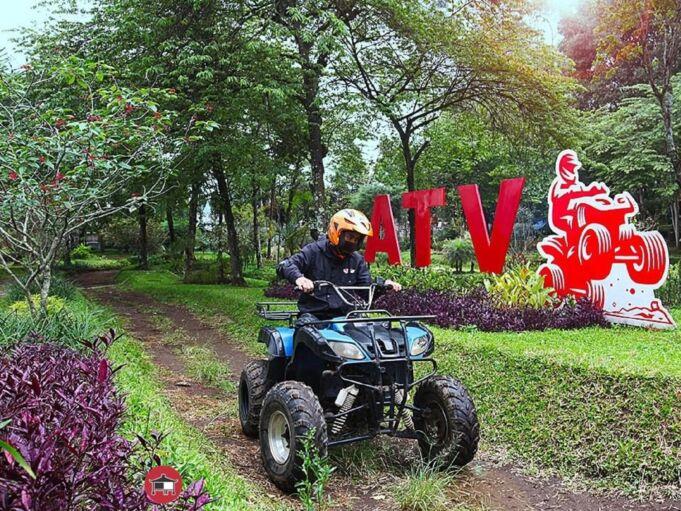 keseruan menaiki motor ATV