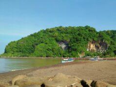suasana tenang di pantai sodong