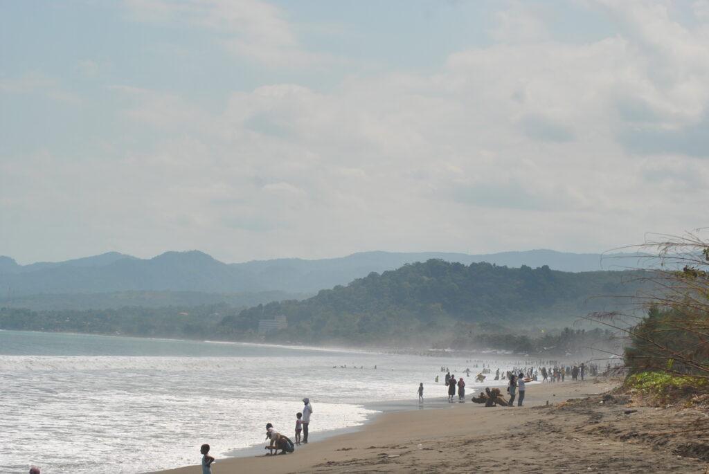 Keindahan Pantai Citepus