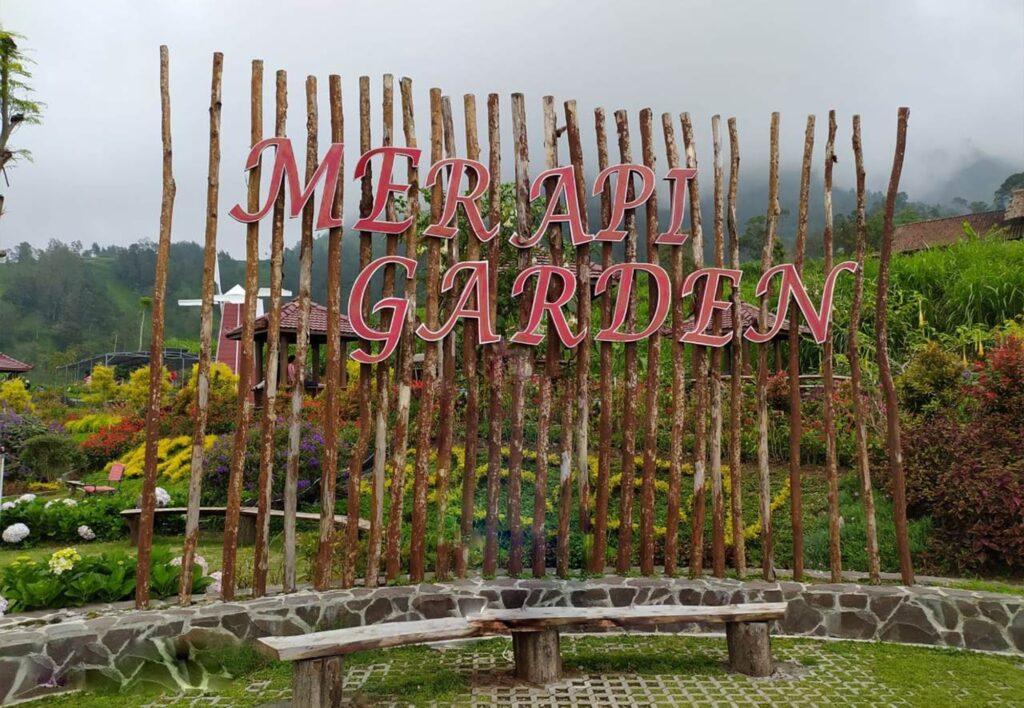 Merapi Garden, taman dengan panorama Gunung Merapi