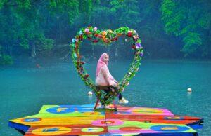 Spot Foto berbentuk simbol Cinta
