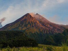 kegagahan Gunung Merapi dari sisi selatan