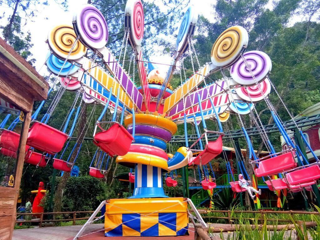 wahana permainan themepark komidi putar taman safari bogor