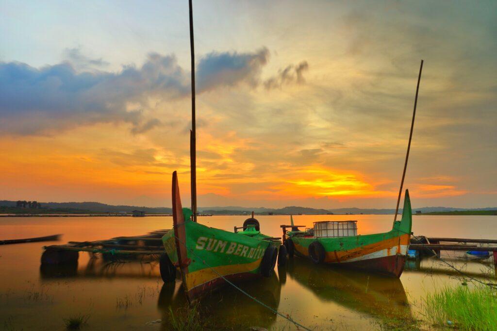 Indahnya Senja di Kedung Ombo