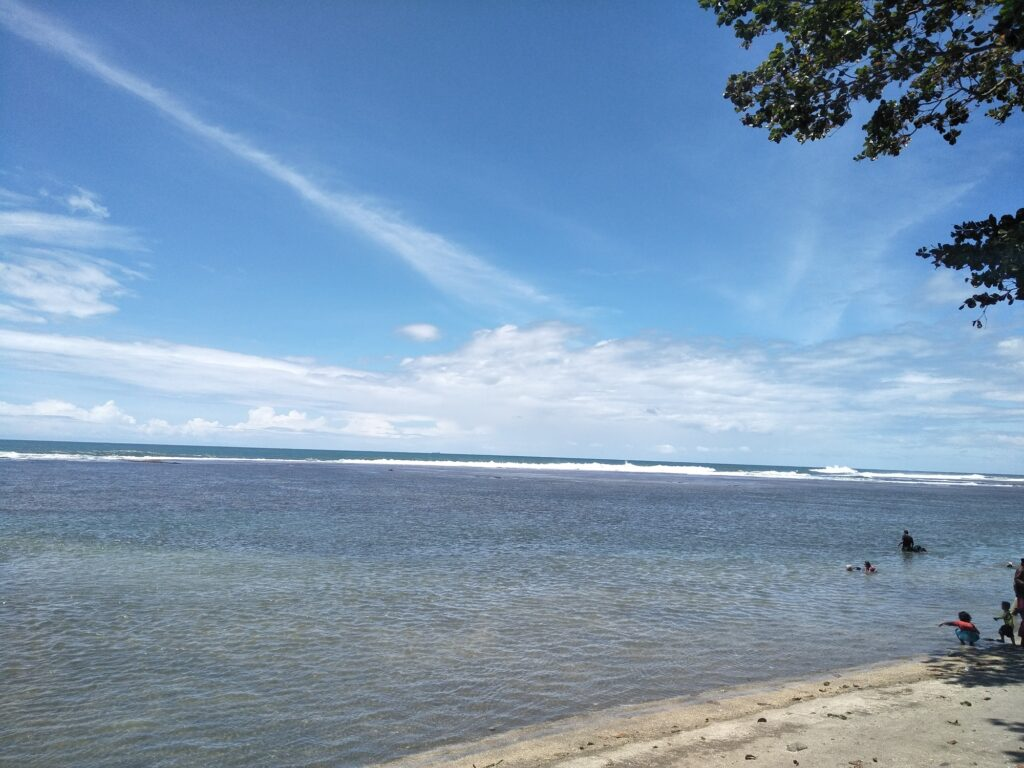 Pemandangan Laut Indah Pantai Sindangkerta
