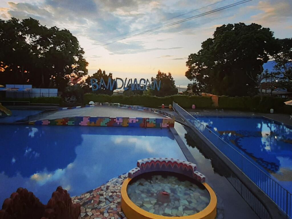 kolam renang New Bandungan Indah