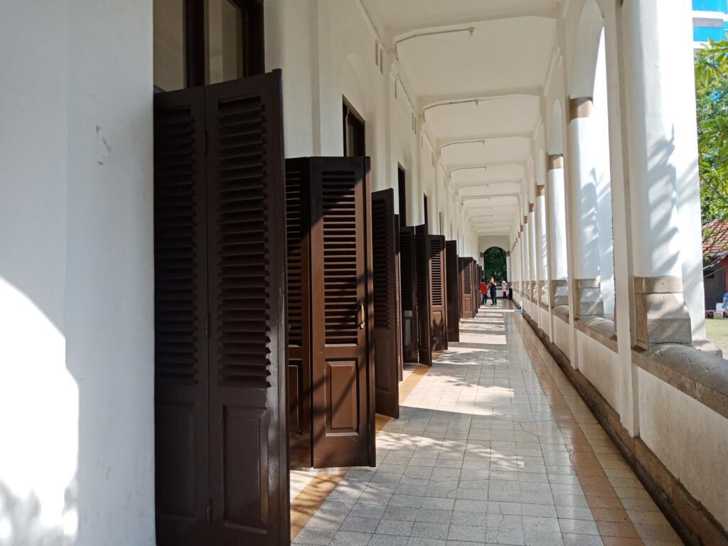 Lawang Sewu tempat wisata di Semarang sarat nilai sejarah
