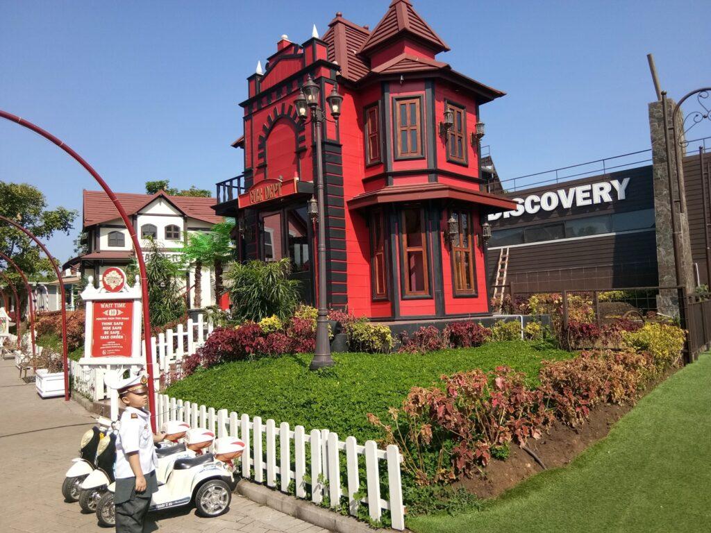Kota Mini tempat wisata di lembang dengan area permainan anak-anak
