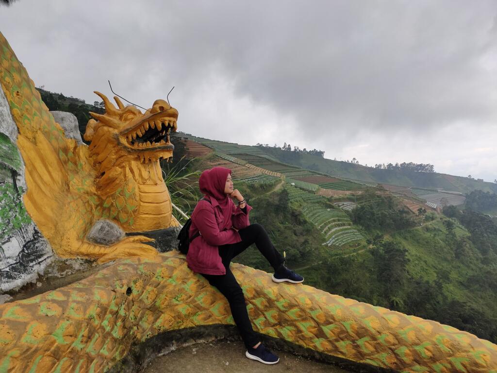 Spot Foto Naga di Nepal Van Java yang menjadi Favorit Wisatawan