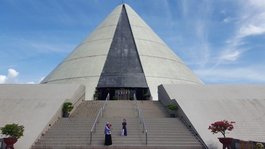 Monumen Yogya Kembali Tempat wisata di Jogja yang menyimpan sejarah