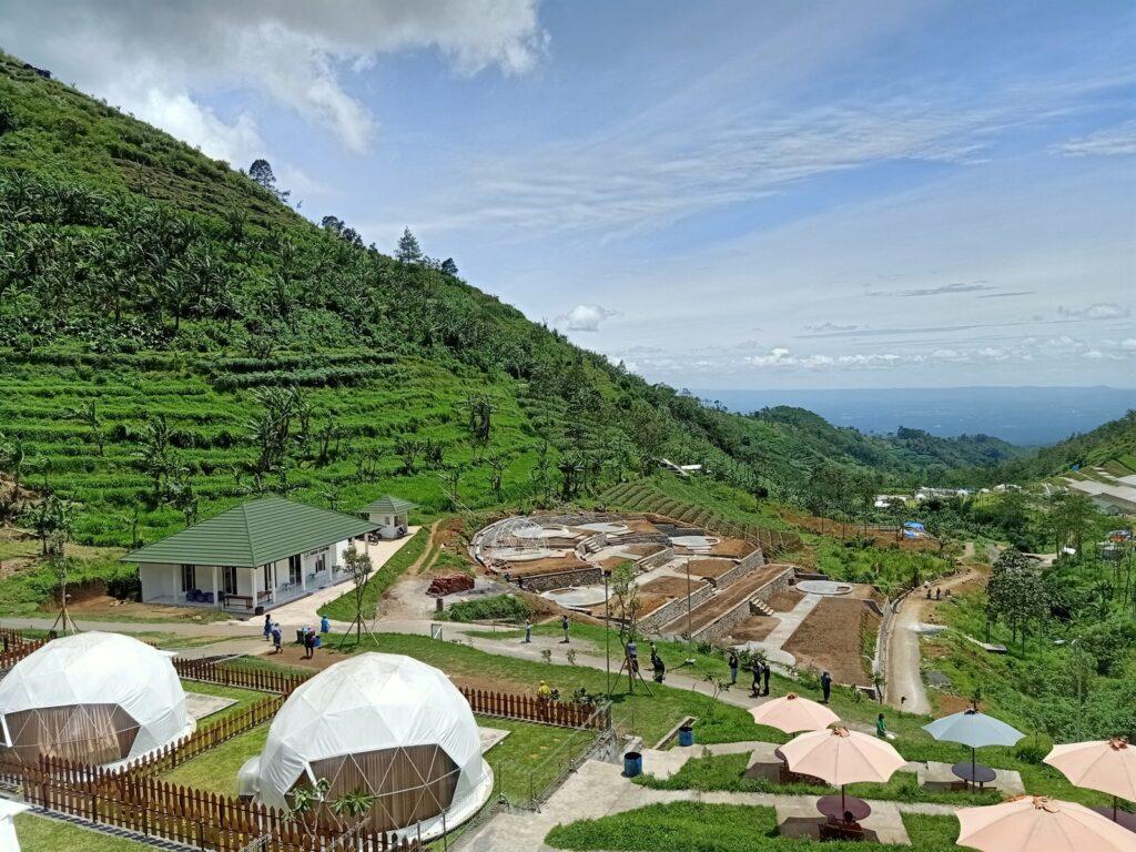 Tenda-tenda unik Lembah Indah Malang