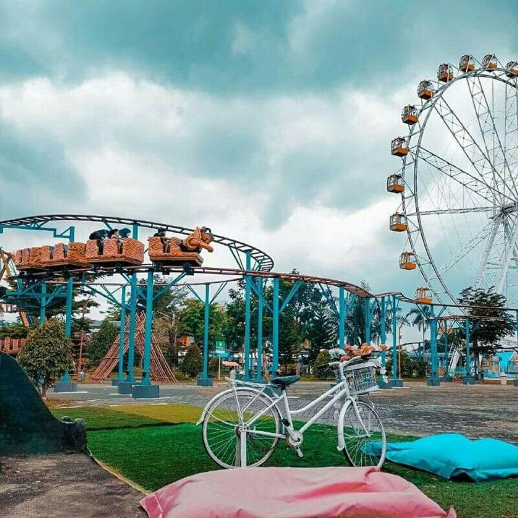 Sindu Kusuma Edupark Tempat wisata di Jogja yang menyediakan berbagai wahana permainan