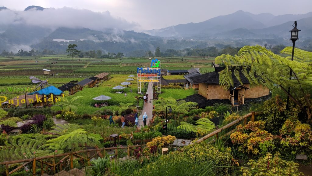 Desa Wisata Pujon Kidul tempat wisata di Malang dengan suasana pedesaan