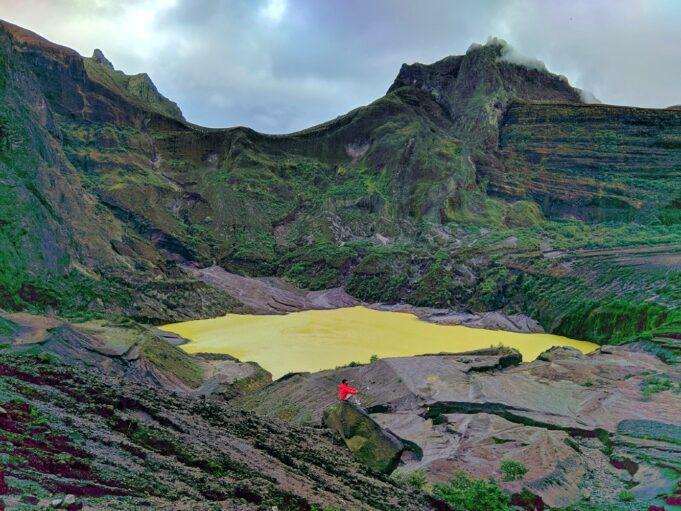 Kawah hasil letusan Gunung Kelud