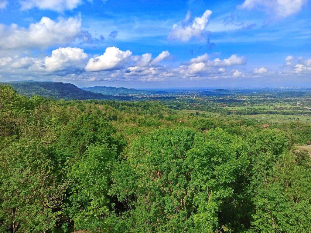 Pemandangan Indah dari Bukit Teletubbies