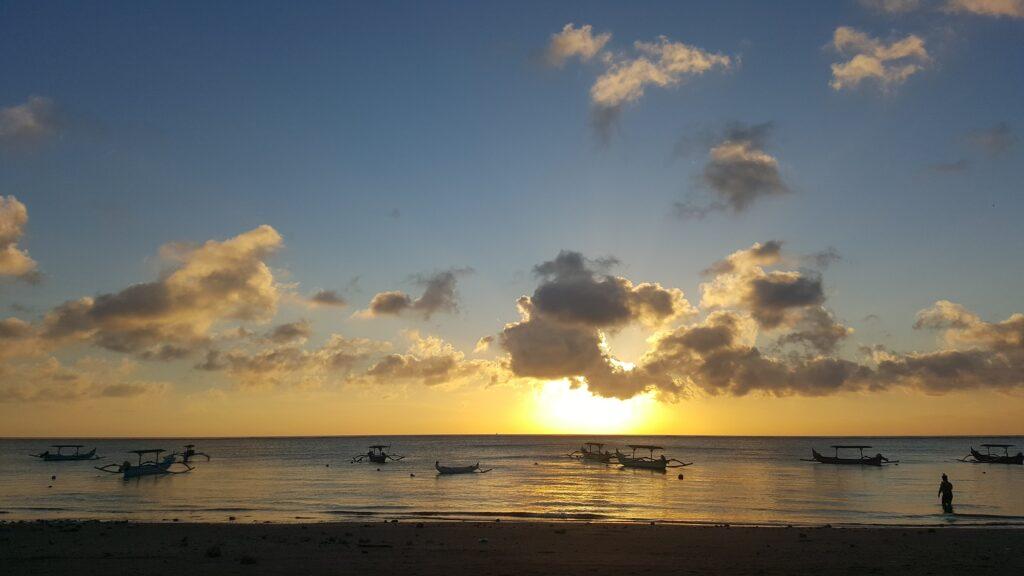 Senja Indah di Pantai Jerman