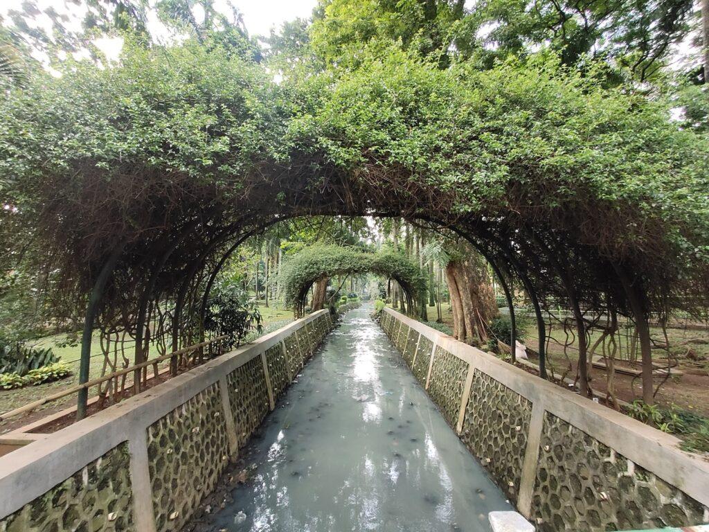 Sungai di Taman Langsat