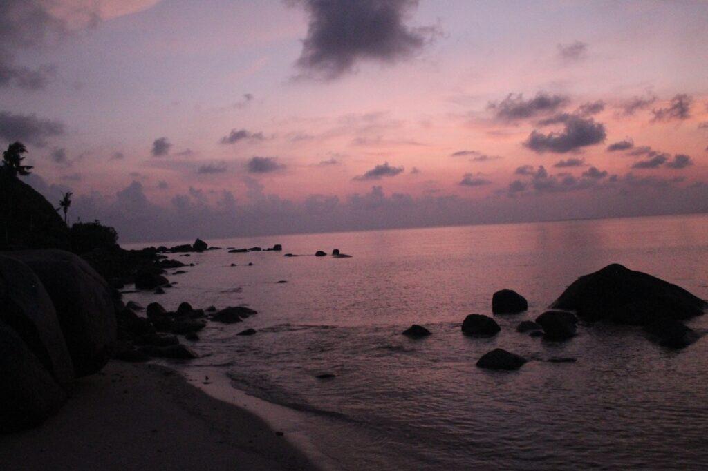 Langit lembayung senja Pulau Pandang