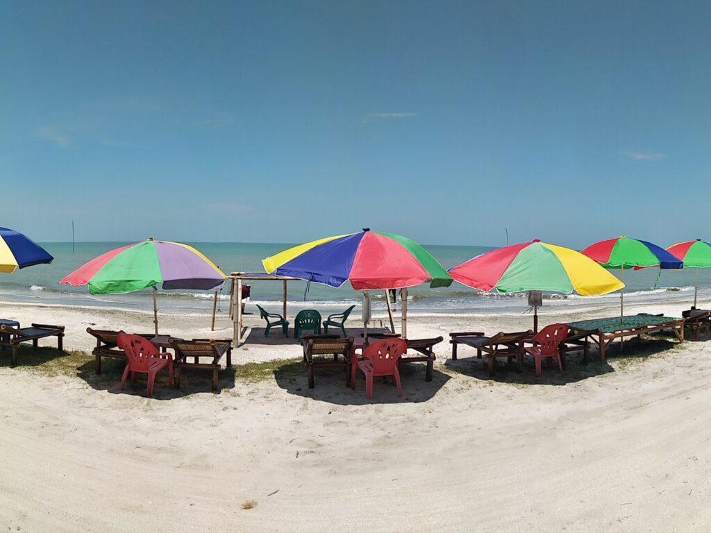 Panorama laut Pantai Kerang Mas