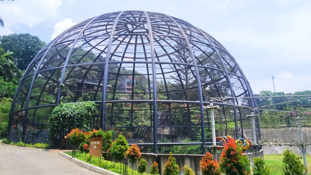 Bird Park yang menjadi ikon Sparks Forest Adventure