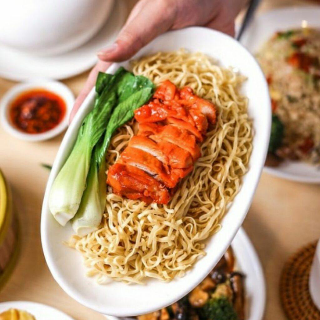 Mie dengan Ayam Chasiu Bbq Imperial Kitchen
