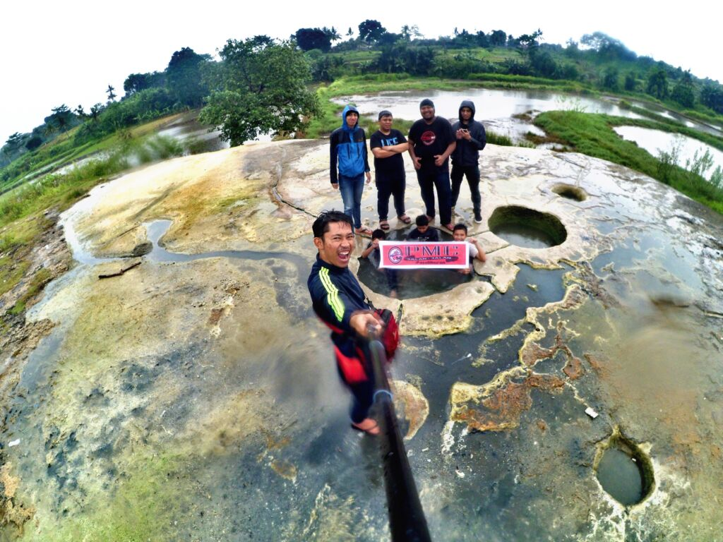 Spot Foto Pemandian Air Panas Bogor