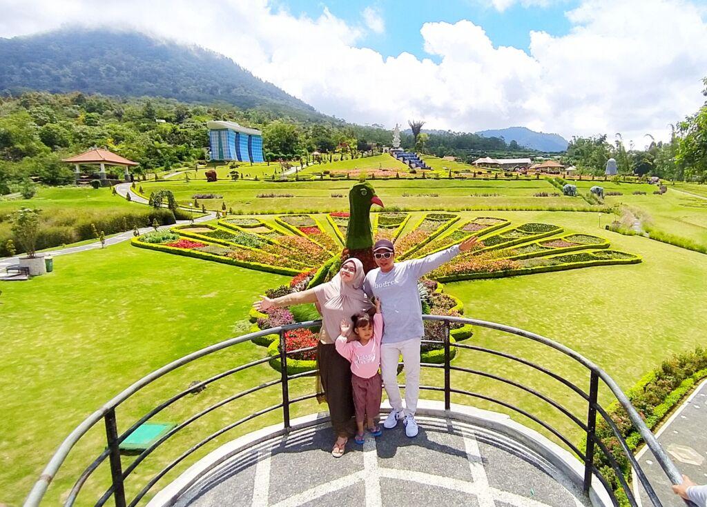Taman Bunga Merak di Tabanan Bali