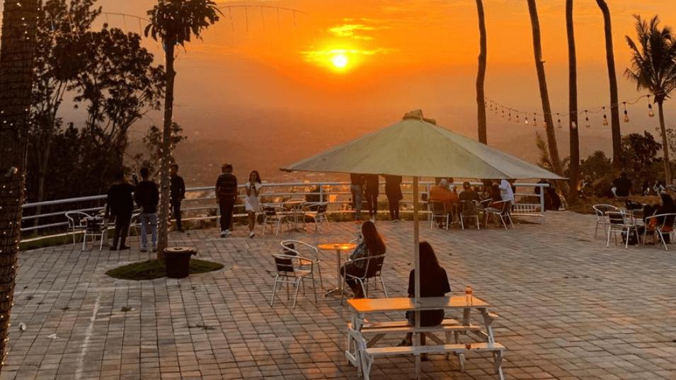 Sunrise di De Mangol Gunung Kidul