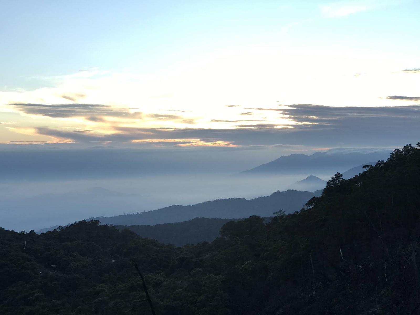 Panorama sunrise Gunung Patuha