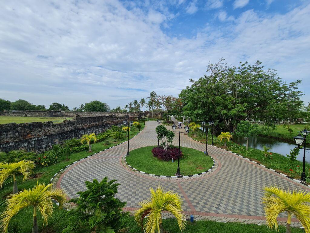 Taman Di Benteng Speelwijk Serang