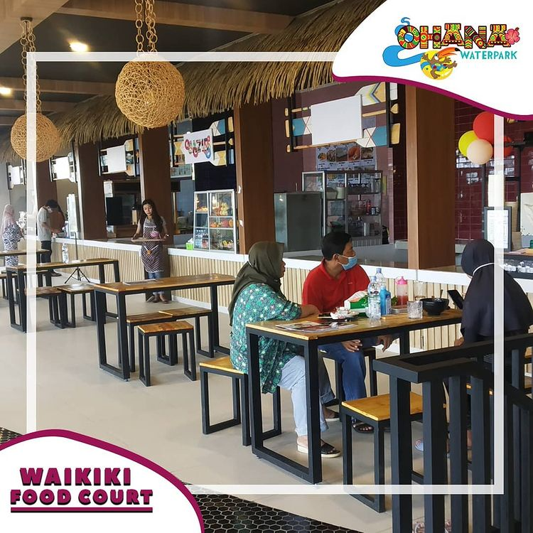 Foodcourt Ohana Waterpark Bekasi