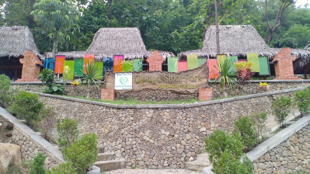 Waterpark dengan nuansa Bali di Karawang