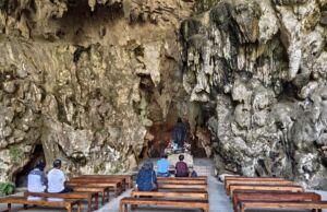 Gua Maria Tritis Gunung Kidul Yogyakarta